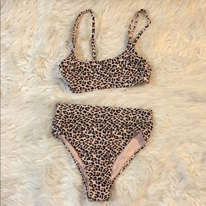 Cute NWOT Two Piece Swimsuit